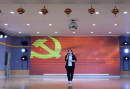<strong><font color='FF5E84'>天机排行榜中国最美乡村教师排行榜入选人——内蒙古卓</font></strong>